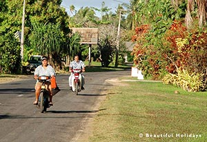 mopeds for rent on aitutaki island
